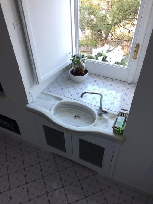 Cucina, lavabo 900 francese.