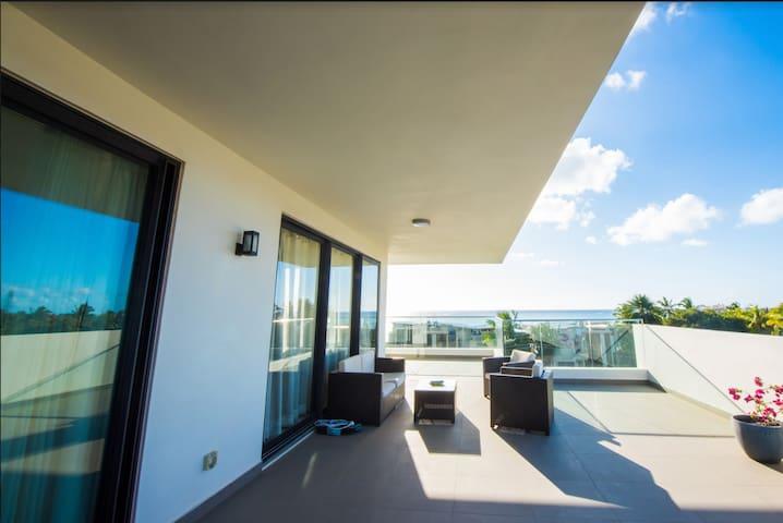 Luxury Seaview Penthouse - Liberty Drive (3F)