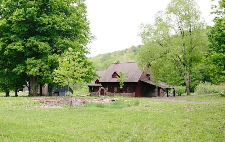 Woodland Catskill Retreat