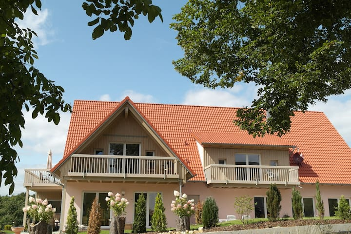 Pension am Kirschgarten Zimmer 5 - Gößweinstein - Bed & Breakfast