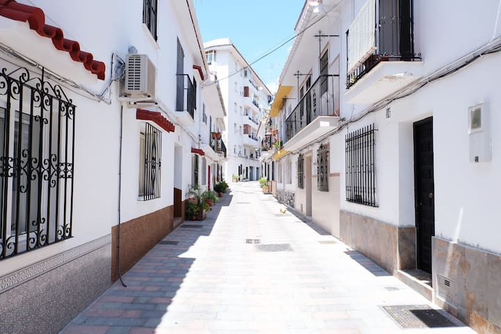 Moder and bright apartment in the CENTER - Marbella - Daire