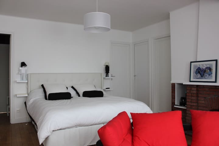 Chambre Séverine - Beauvais - Bed & Breakfast