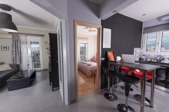 Cozy and Luxury penthouse in the city center!! - Athina