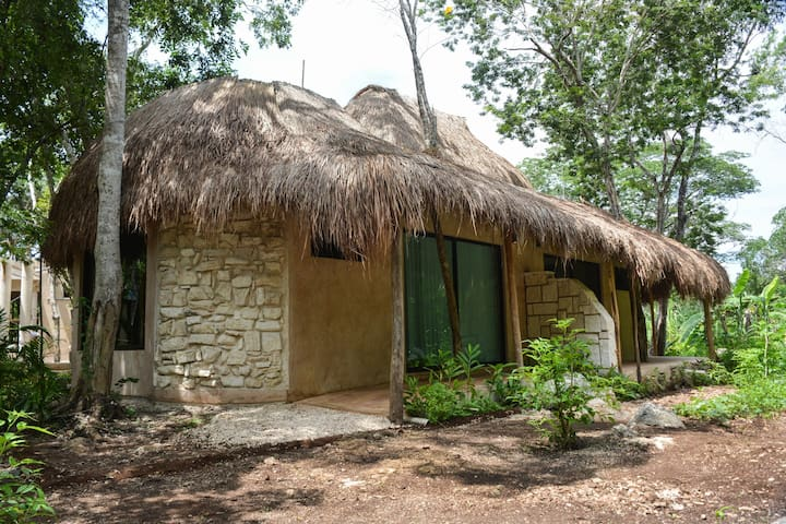 Bungalow to enjoy the nature and silence