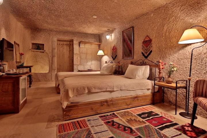 Tekkaya Cave Hotel, Pool & Balloon View&Breakfast