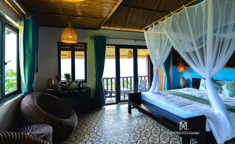 Infinity Pool & Stunning Moutain View Deluxe Room