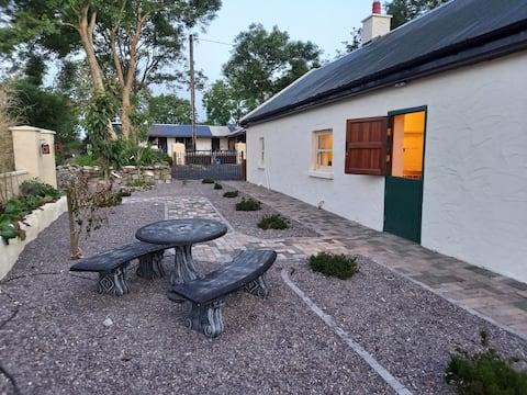 Mary's Bespoke Cottage