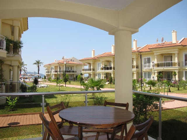 Sunset beach 2 bedroom apt. NP09 - Fethiye - Apartment