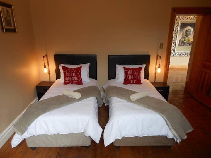 Twin Rooms With En-Suite