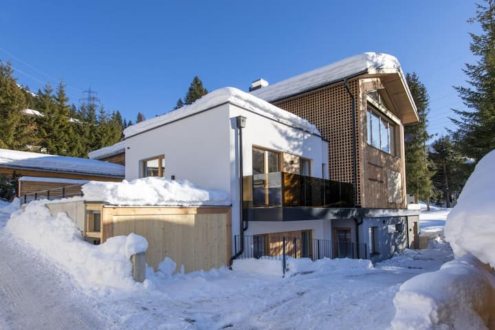 Remarkable 6-Bed House in Sankt Anton am Arlberg