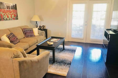 ★Charming 1st Floor in Oxford: Walk to Ole Miss!