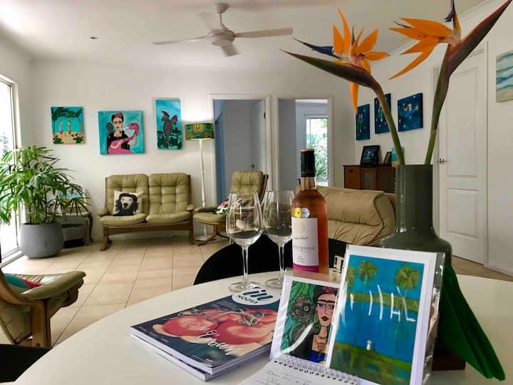 Boheme Peregian Beach: Arty home away from home ❤