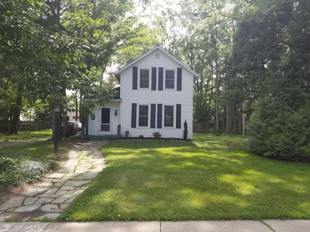 Beautiful home steps from college and downtown