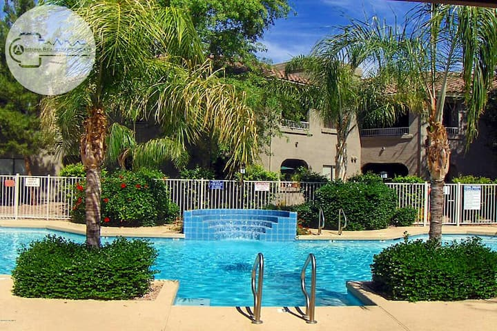 Amazing North Scottsdale Beauty In A Location That Can't Be Beat! -30 nt minimum