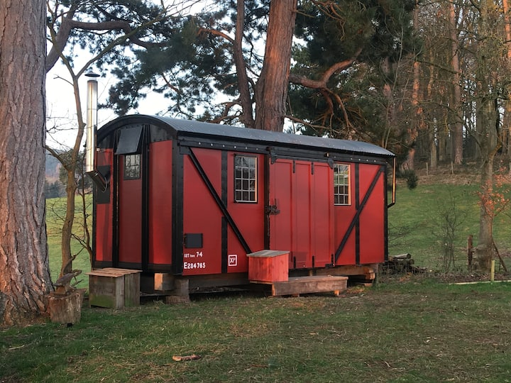 Off-grid luxury camping