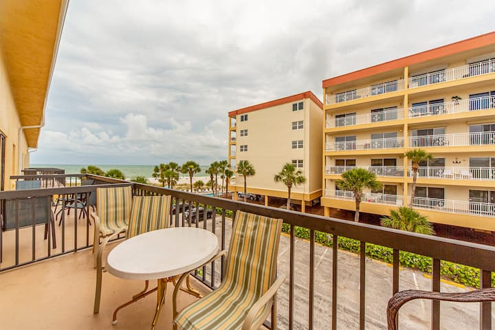 Updated Large Unit with Beach & Gulf Views from Balcony - Free WiFi -  Surf Song - #344 Surf Song Resort