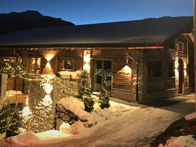 Newly Built Luxury Chalet for 6-8 People