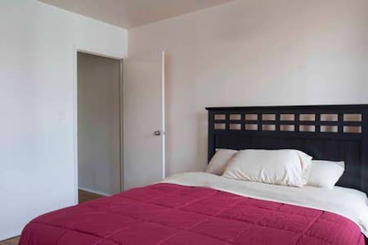 Manhattan City 1 bedroom