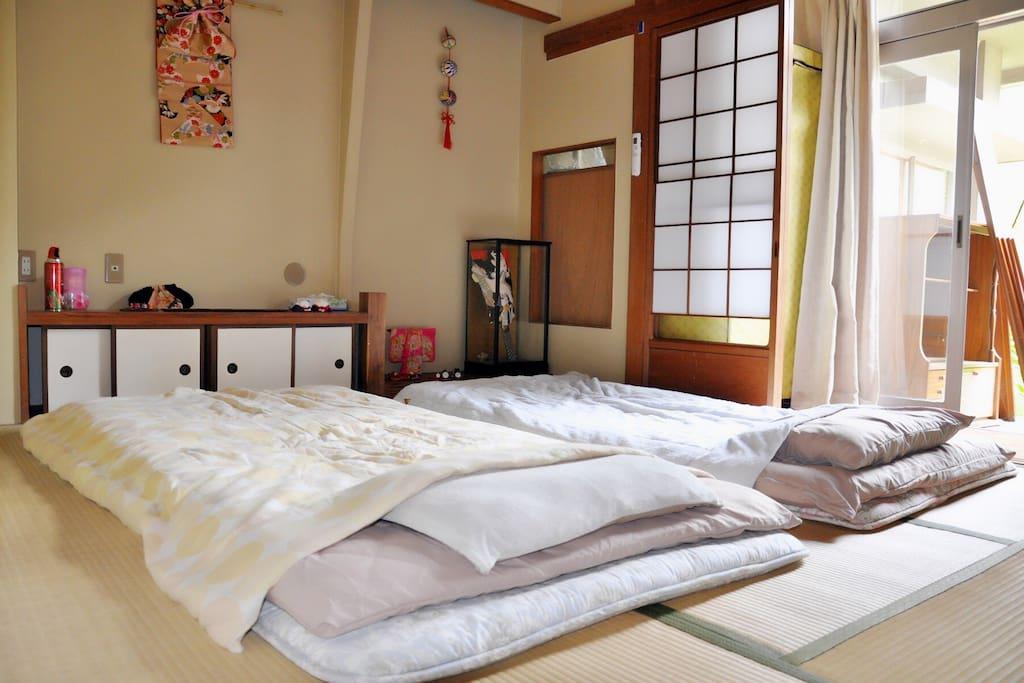 日式榻榻米房间