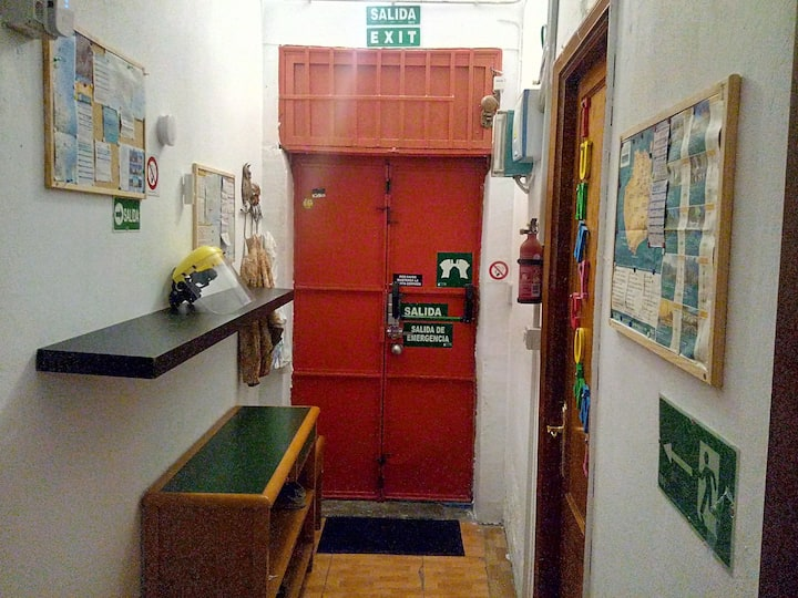 x1 Single Bed in Bunkbed Shared Room Hello Hostel