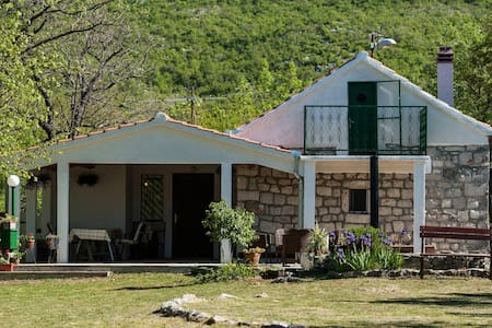 Holiday house, Villa Ivo Solin, Riviera Split - Veliki Bročanac