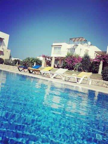 Turtle Bay Village, Esentepe, North Cyprus - Girne - Apartmen