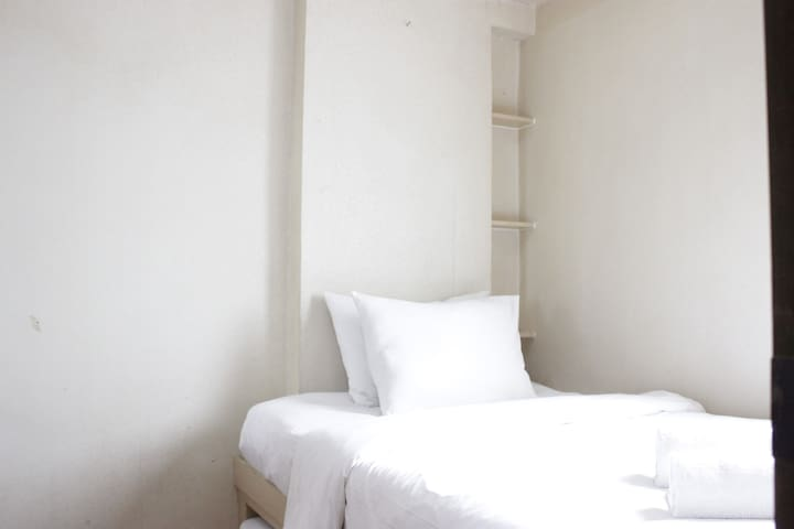 Stylish 2BR @ Gateway Apartment Ahmad Yani Cicadas