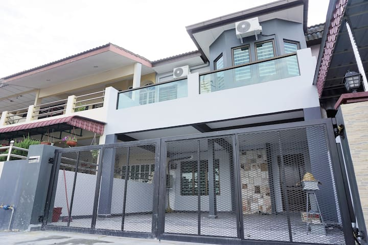 The Check Point Homestay - Ipoh - บ้าน
