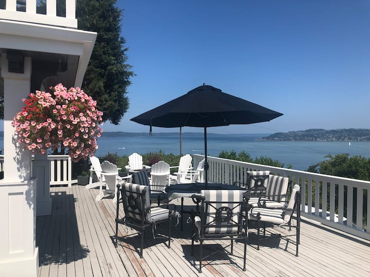 ☀️Basement suite N Tacoma 🏡 deck views of 🌊