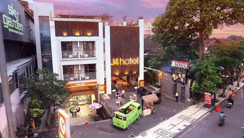 J4 巴厘岛勒吉安酒店 | 接近巴厘岛晚上俱乐部