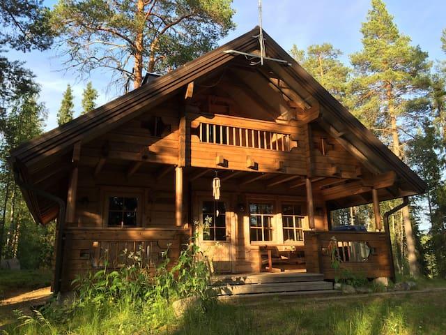 Myllykangas. Erämökki. Wilderness cabin.