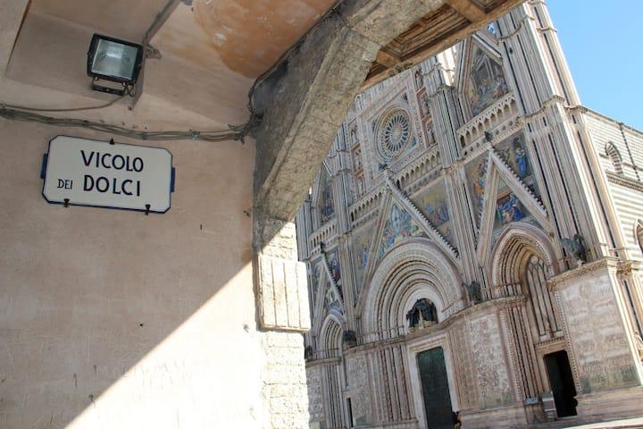 Home in Orvieto - Vue sur le Duomo!
