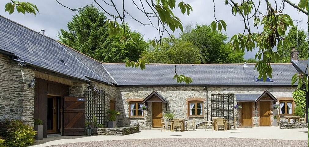 Home Place Farmhouse Spa