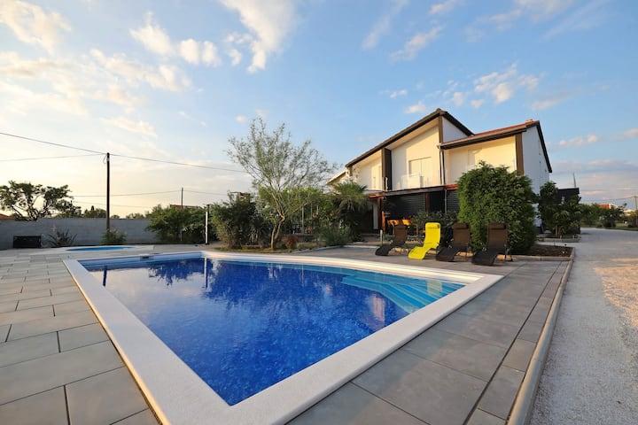 Luxury Villa Piljušić near Zadar