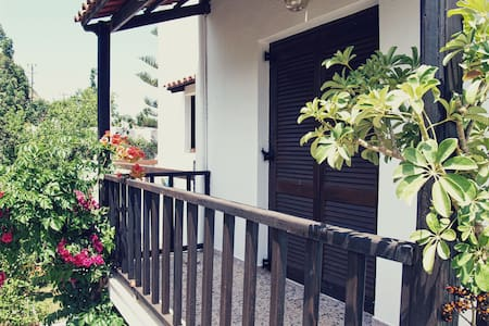 Cozy Traditional Apartment Oliaria N3 - Platanias - Appartement