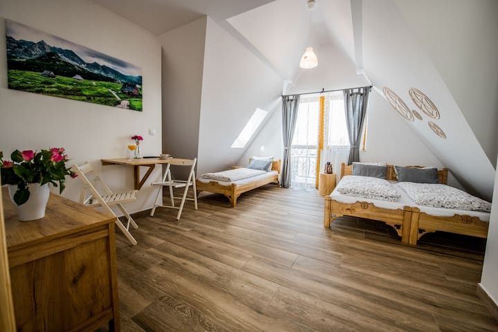 Góralski Przystanek Komfortowy Dom dla 21 osób