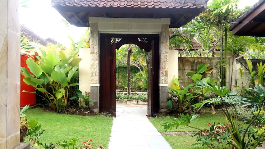 Value Villa with Private Pool & Kitchen in Ungasan