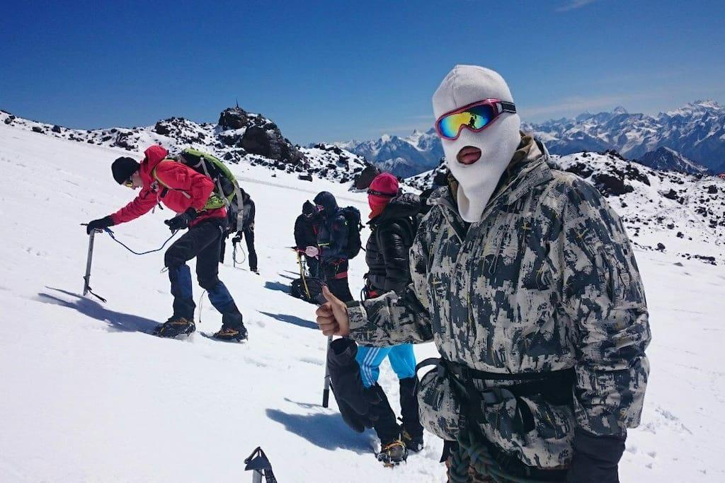 Восхождение на гору Эльбрус 35000 т.руб