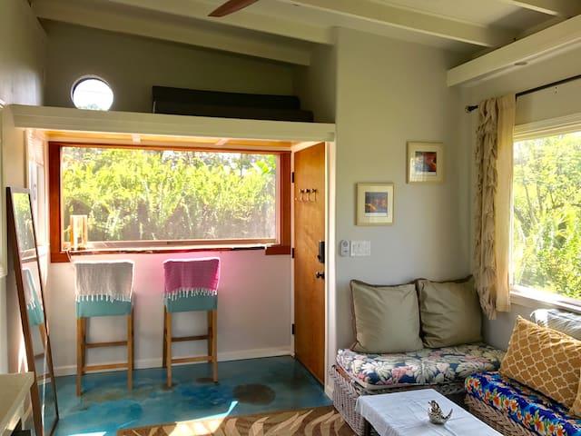 Studio Loft with Jacuzzi Tub &Lychee Breakfast Bar - Keaau - Loft