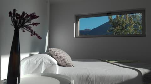 Fabulous designed flat close to sea and mountain