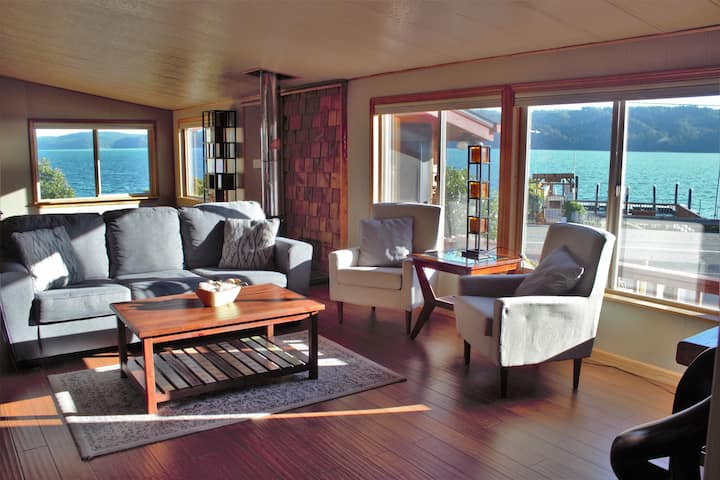 Hood Canal Cottage