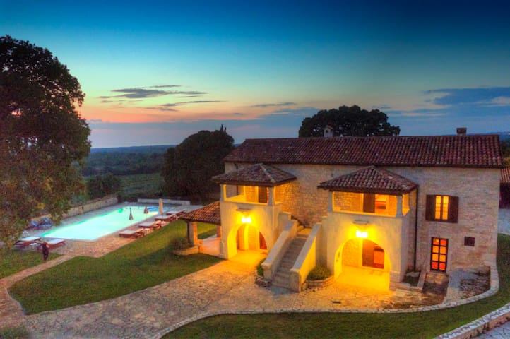 Villa Bacva