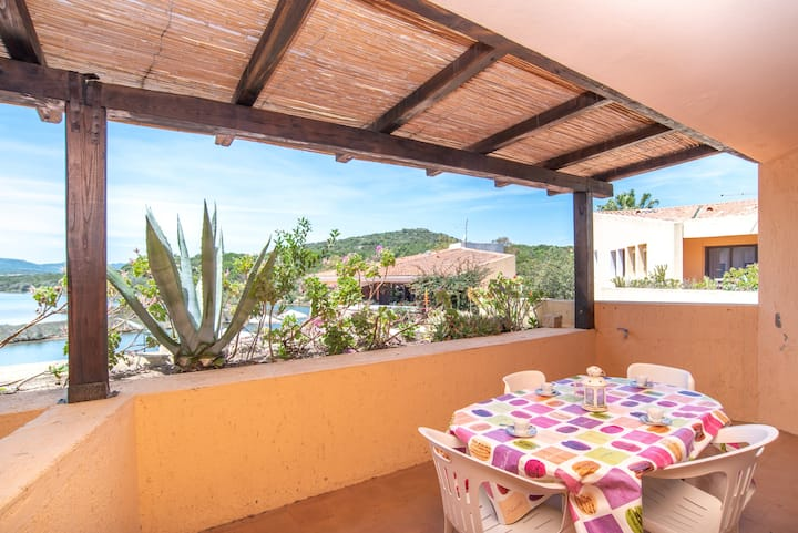 Holiday Apartment with Terrace in Residence with Direct Beach Access; Parking Available, Pets Allowed