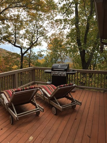 Big Canoe Mountain Views! 3 bd/3ba! - Jasper - Casa