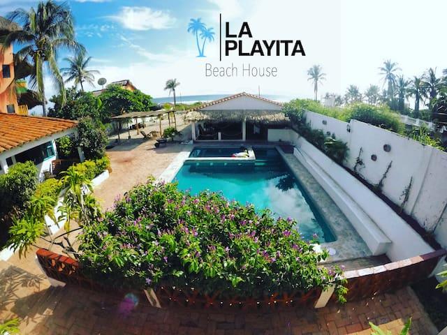 La Playita Beach House #2 Cabaña rustica