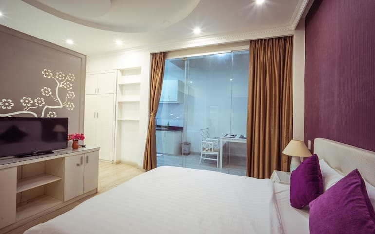 Central Location in Ho Chi Minh city, free laundry