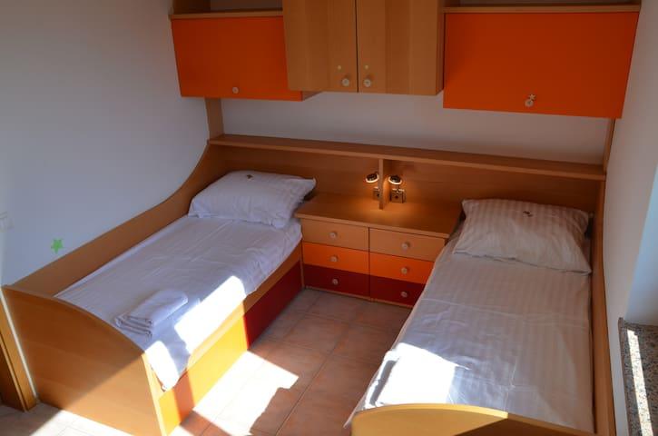 Guest bedroom Villa Villanija
