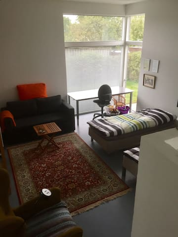 Lille lejlighed udlejes - Næstved - Bed & Breakfast
