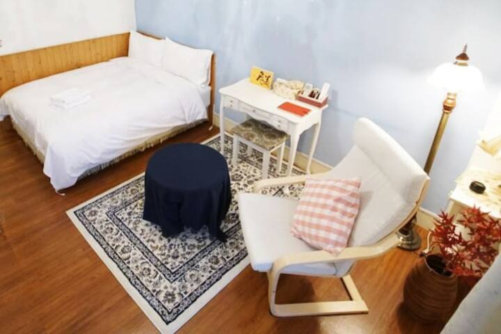 Taipei Xinyi 006︱Double bed︱Near Wufenpu