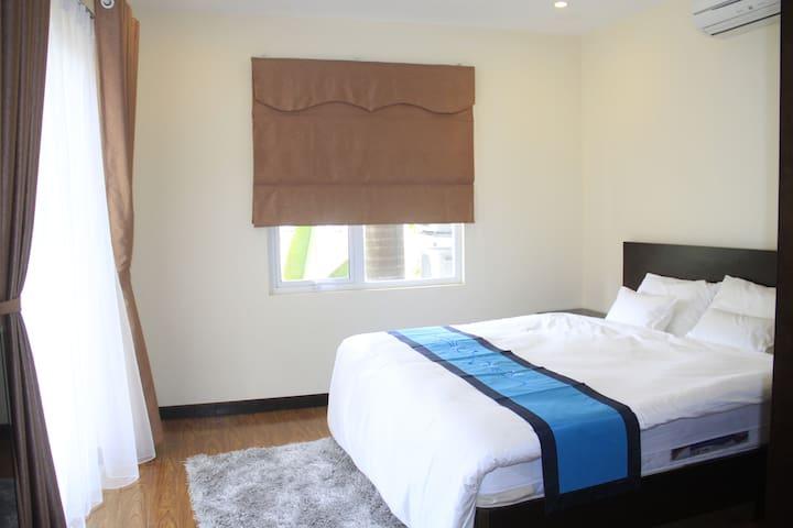 Executive single apartment in West Lake Hanoi - Hanoi - Apartment